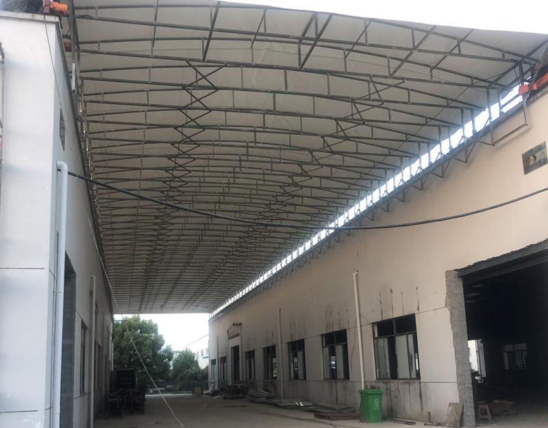 电动伸缩推拉雨棚安装制作细节